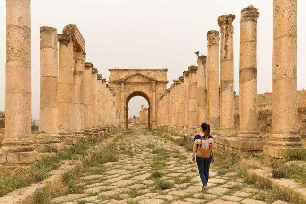 Cardo Maximo y Tethrapylon norte de Jerash