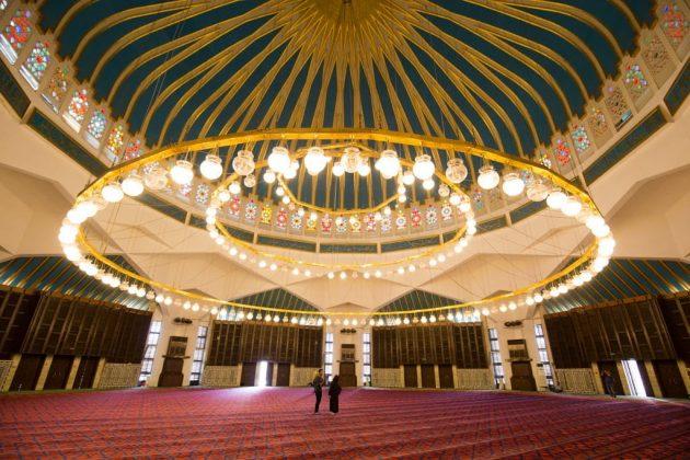 Interior de la Mezquita del Rey Abdala