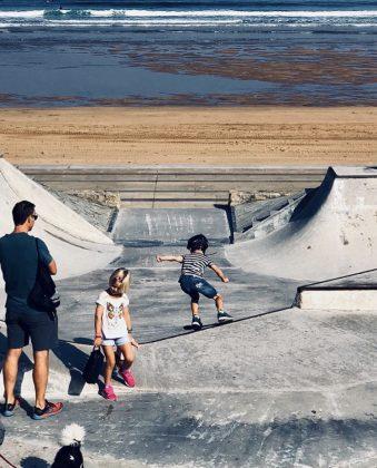 Carmen Sanz. Mi vida giraba en no hacer nada, descubrí el skate y le dio el sentido que buscaba, no es por patina sino aprende a volar, a hacer lo inimaginable.