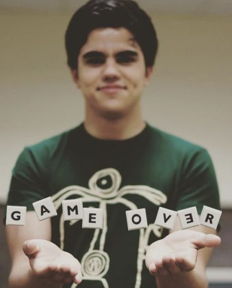 Pelayo Díaz. [Game Over]