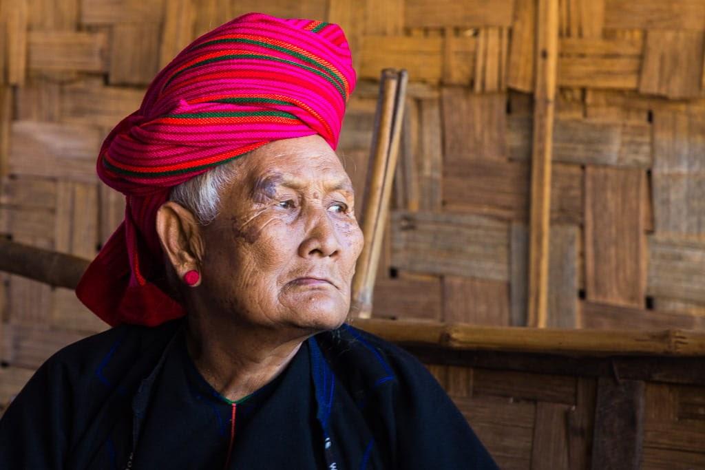 Anciana etnia Pa-O en el estado Shan
