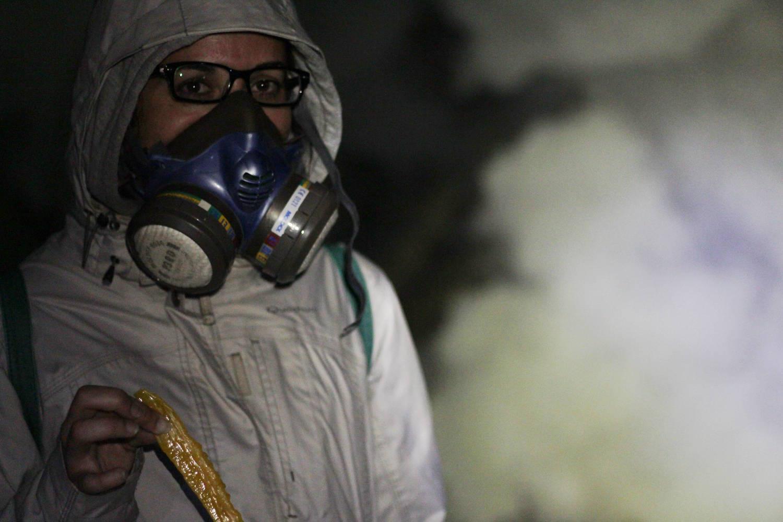Máscaras de gas en el volcán Ijen