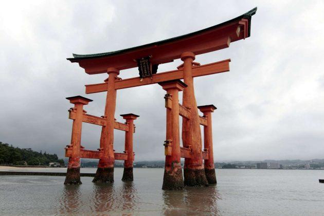 Tori Flotante del Santuario Itsukushima (Miyajima, Japón)
